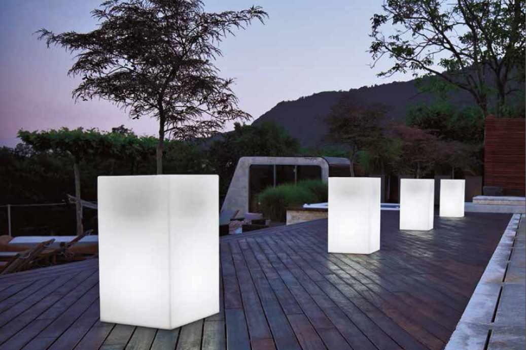 Macetero de luz novara kubik 40x40x70cm - Macetas con luz ...