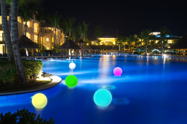 Bolas rocas y huevos de led for Piscina de bolas amazon